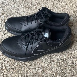 New Men's Nike Black Golf Shoes Size 9.5